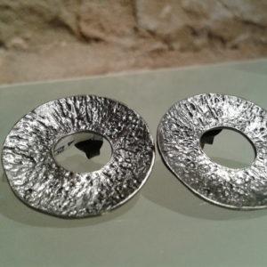 pendiente grande redondo plata oxidada joyas de autor