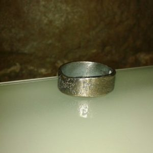 anillo textura plata oxidada barcelona